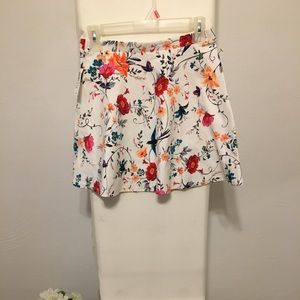 🌸NWT GIRLS Old Navy floral skater skirt 🌸